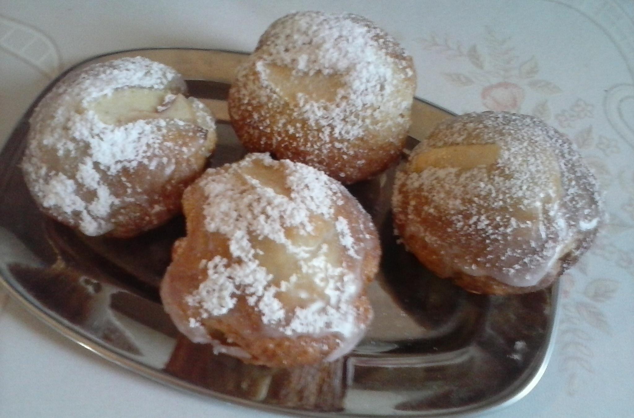 Smetanové muffiny s hruškami a zázvorem