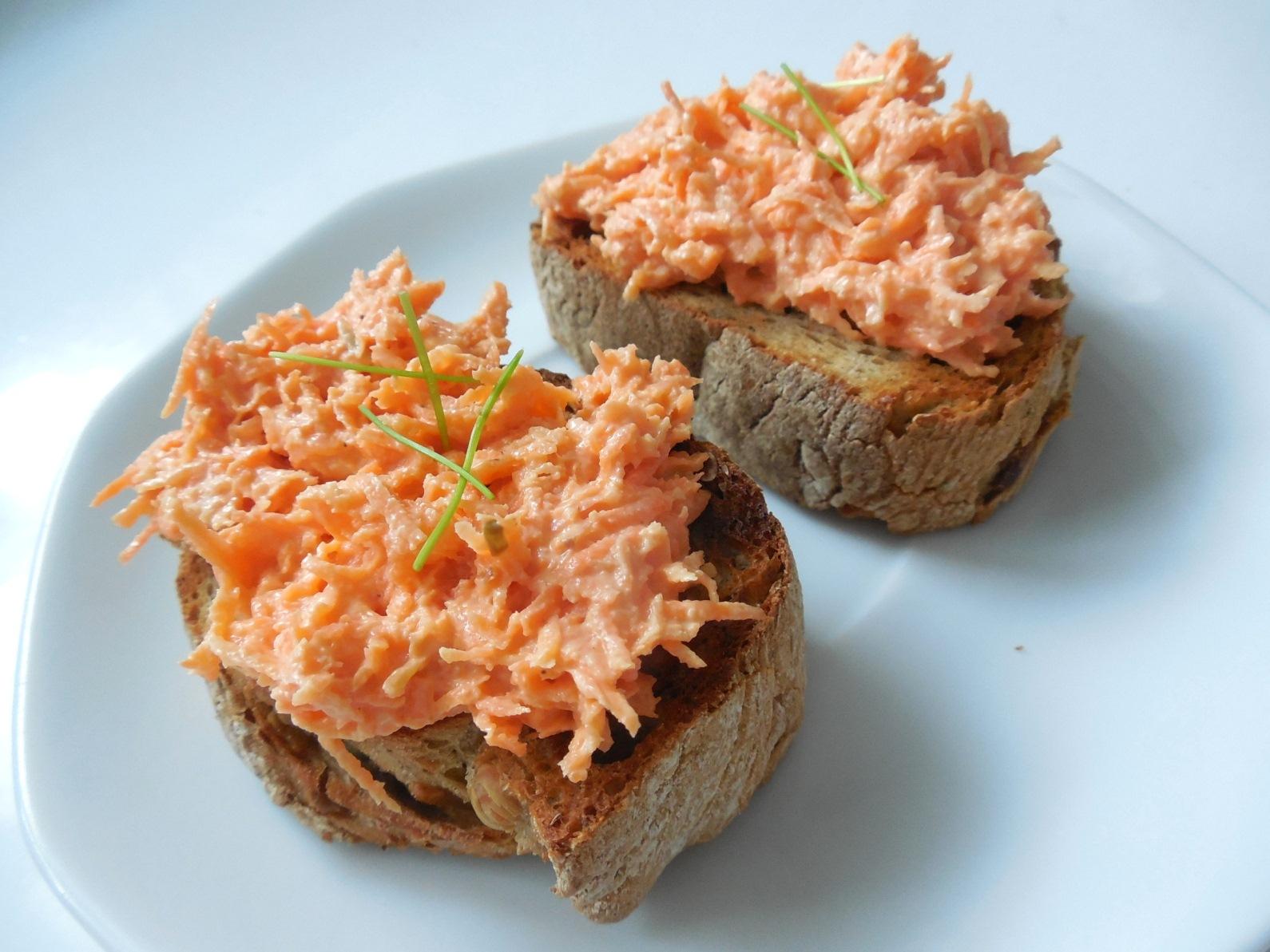 Smetanová mrkvovo-celerová pomazánka