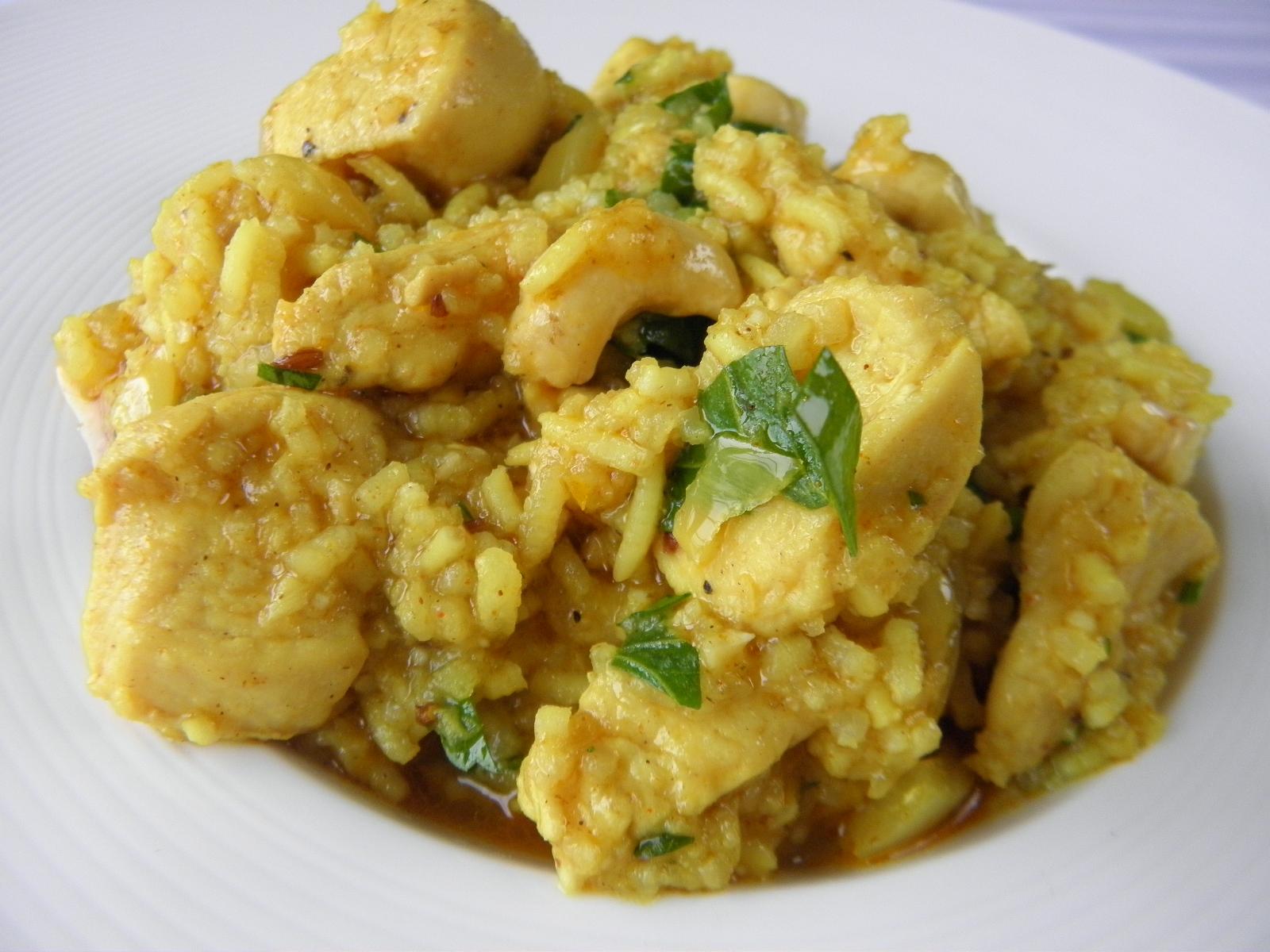 Kuřecí kousky v rýži basmati