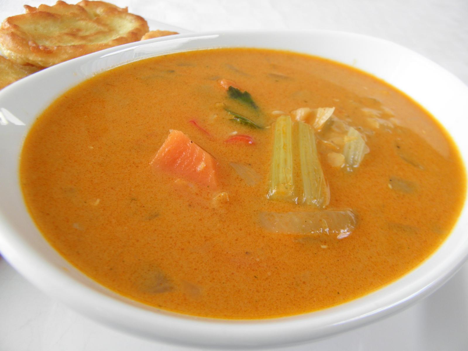 Čočková polévka se zeleninou na indický způsob