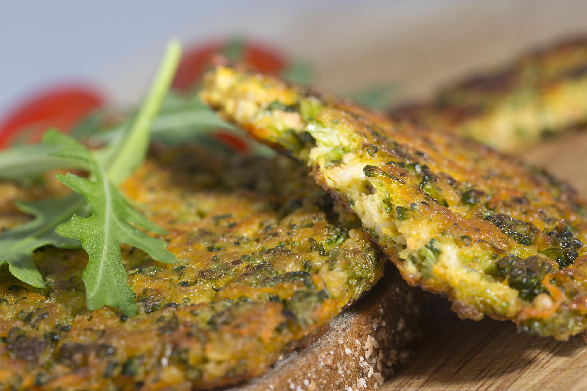 Fotografie receptu: Ovesné placičky s brokolicí