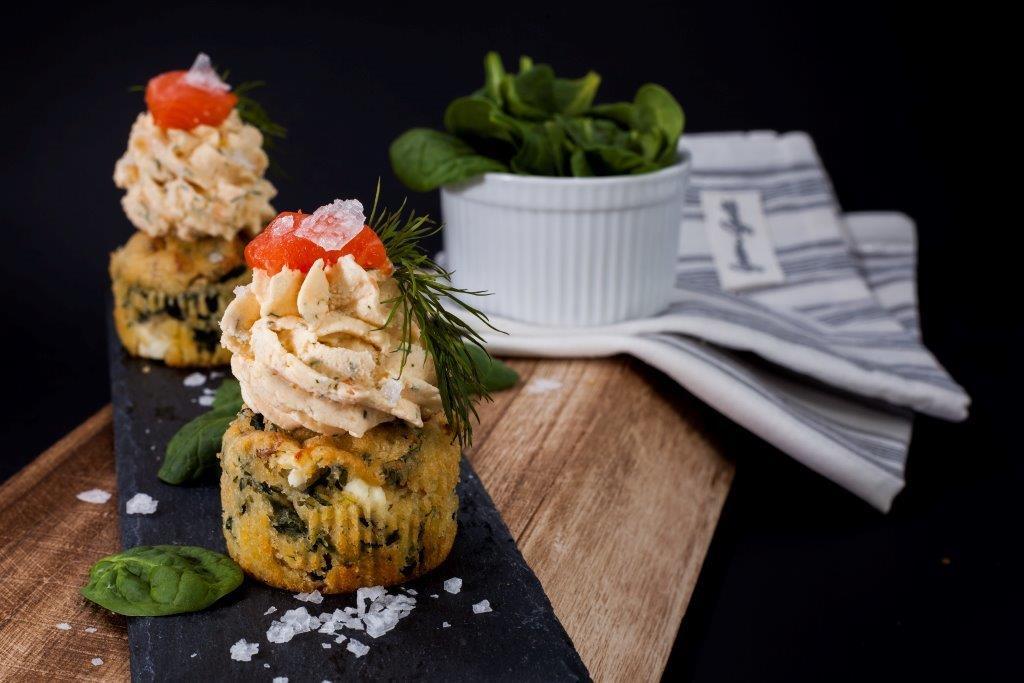 Špenátové cupcakes s lososovou pěnou