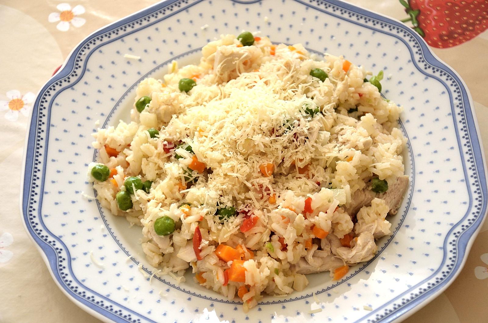 Zeleninové rizoto s kuřecím masem po česku