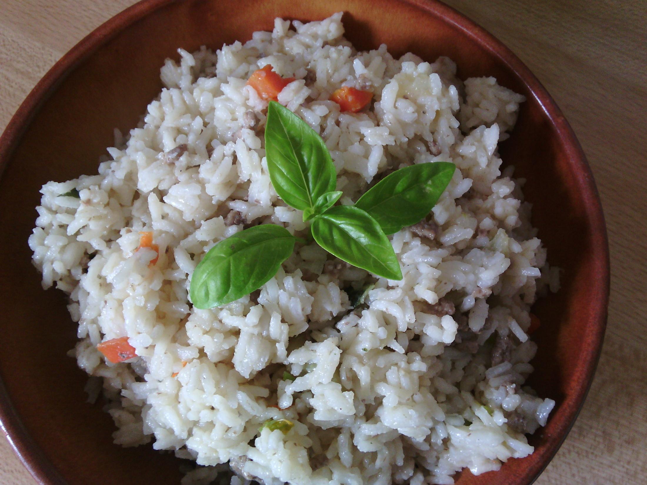 Chutná rýže s mletým masem