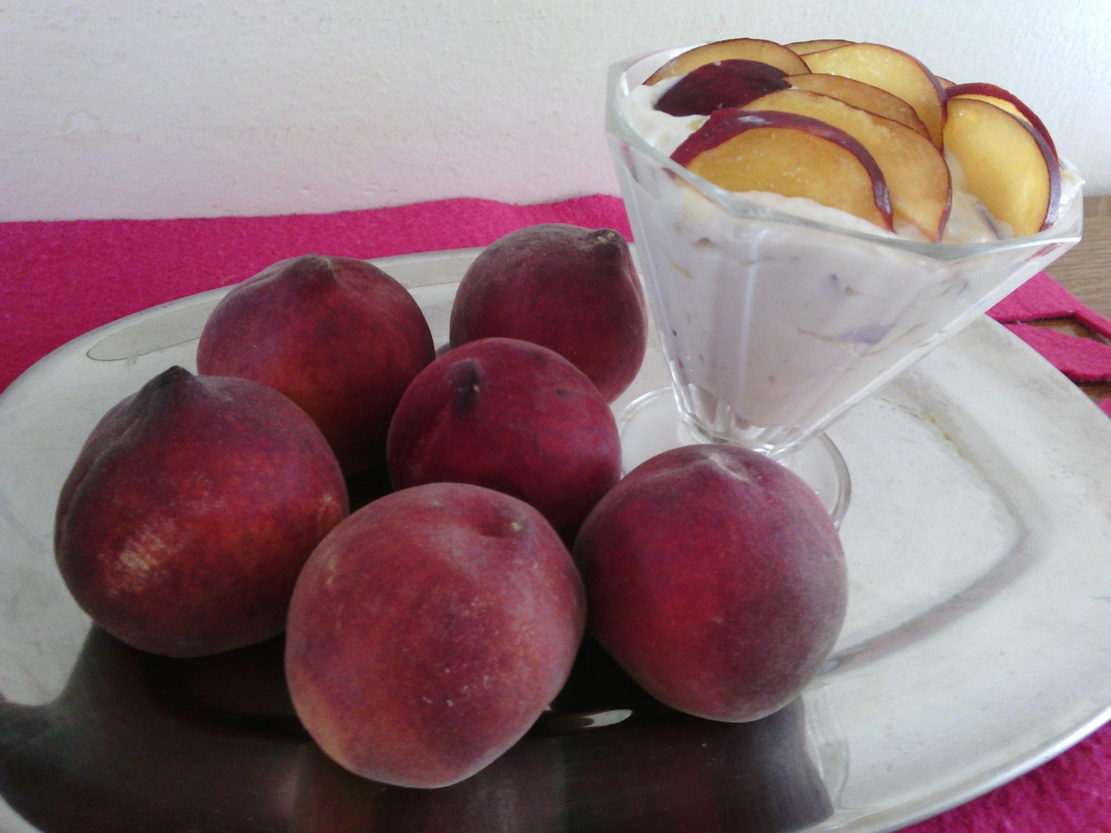 Ovocný pohár s ricottou
