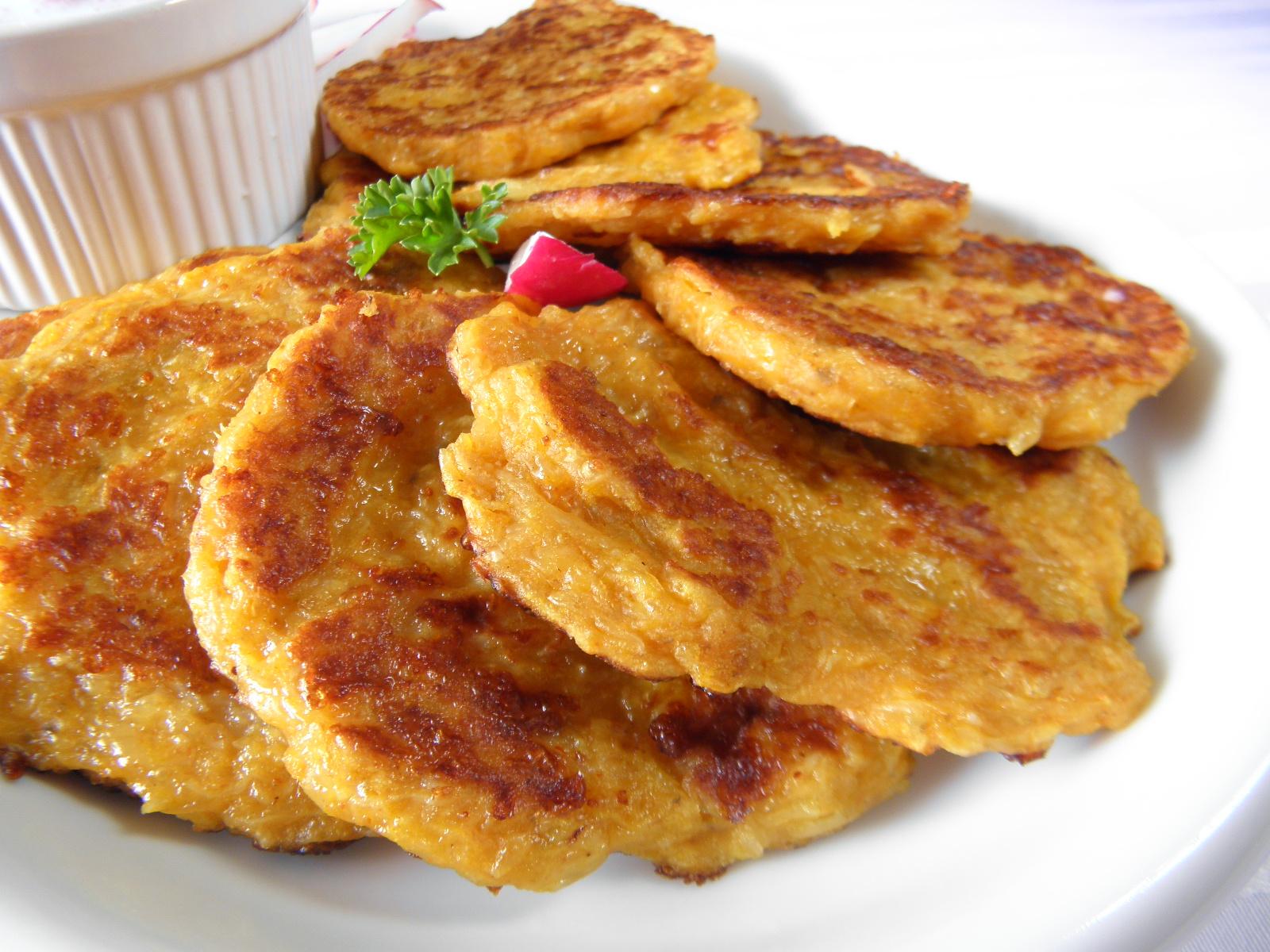 Pikantní kari placičky z topinamburu