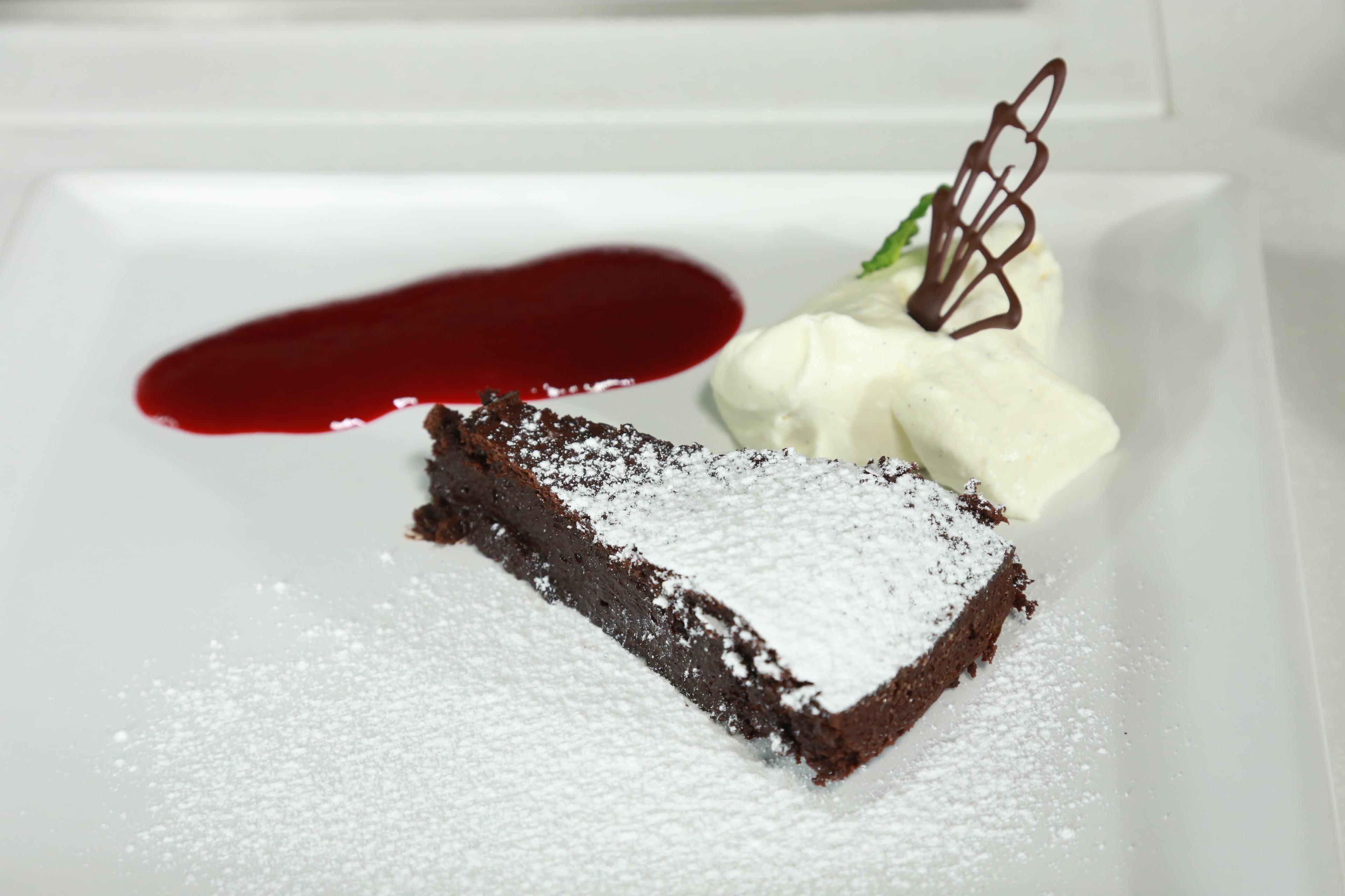 Bezlepkový čokoládový koláč