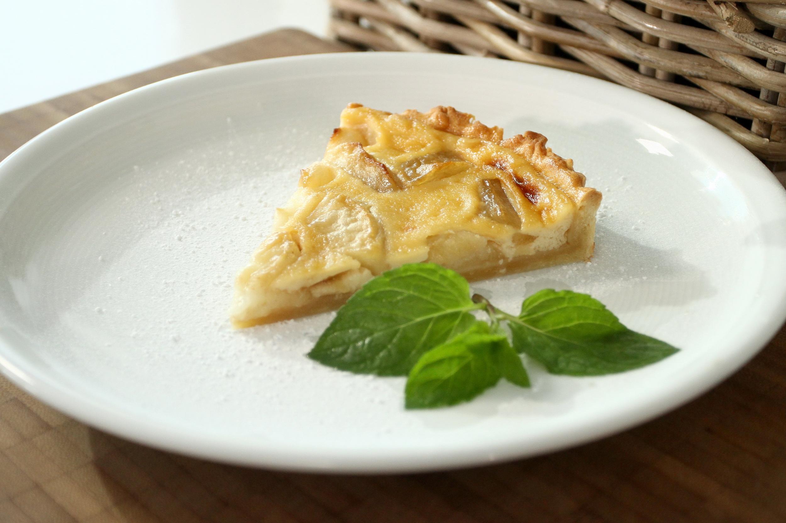 Jablečný koláč se smetanovým krémem