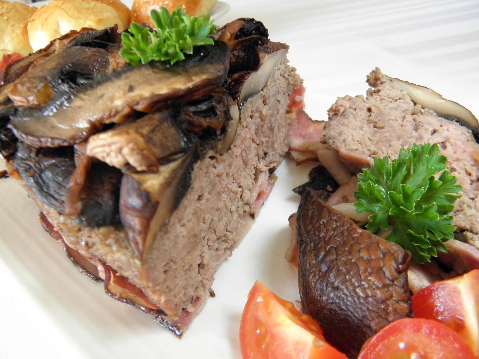 Zapečené mleté maso se žampiony