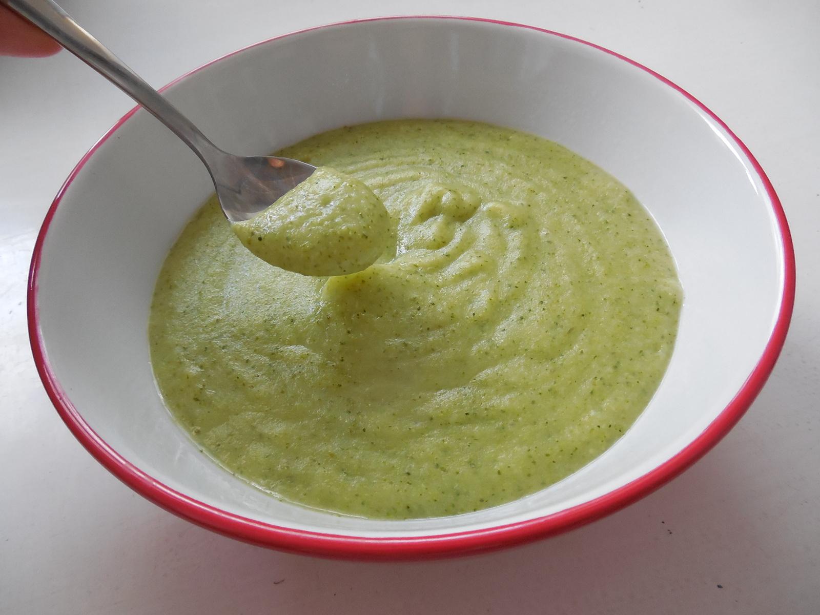 Bramborový příkrm s brokolicí