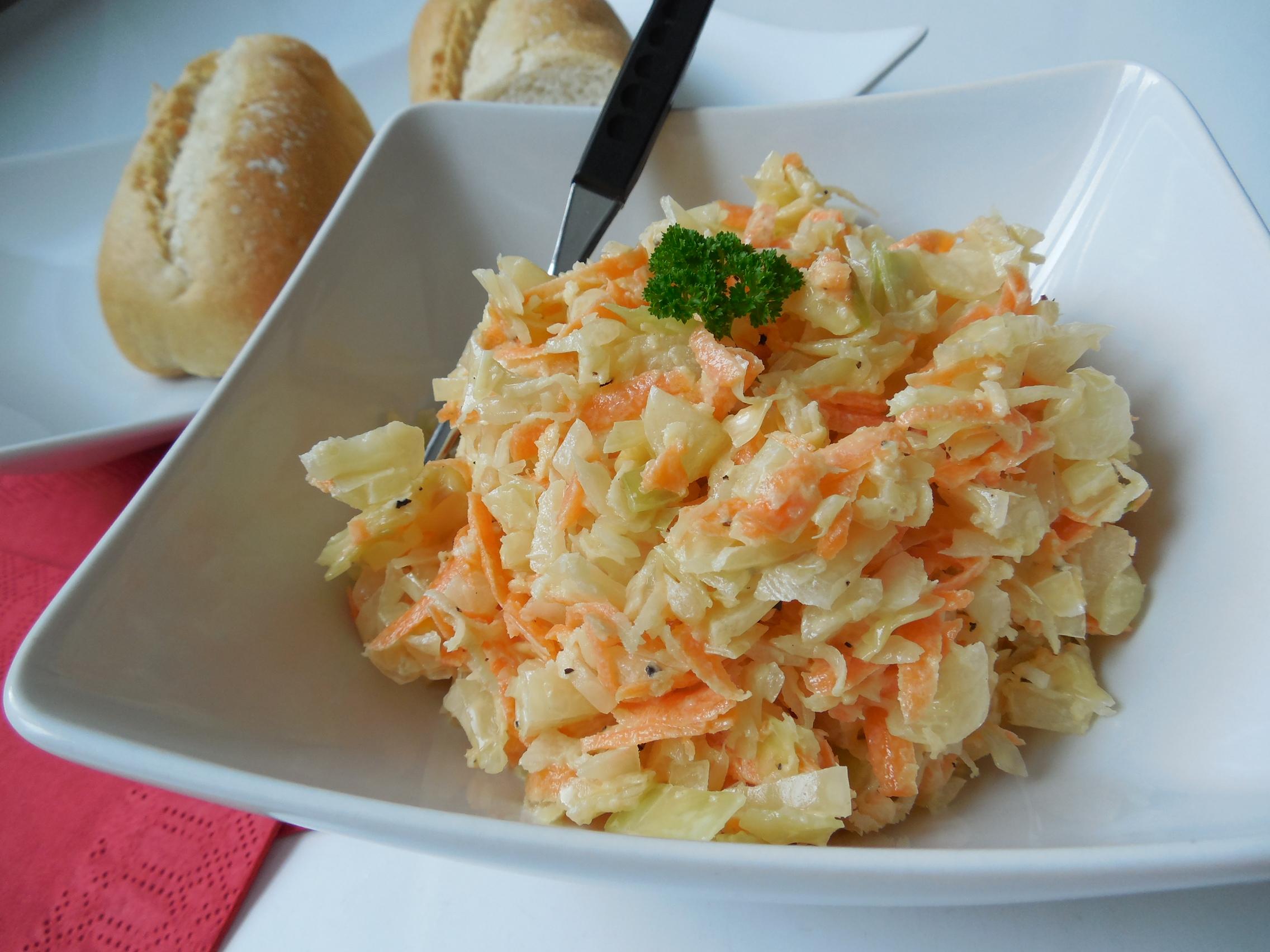 Skvělý salát coleslaw