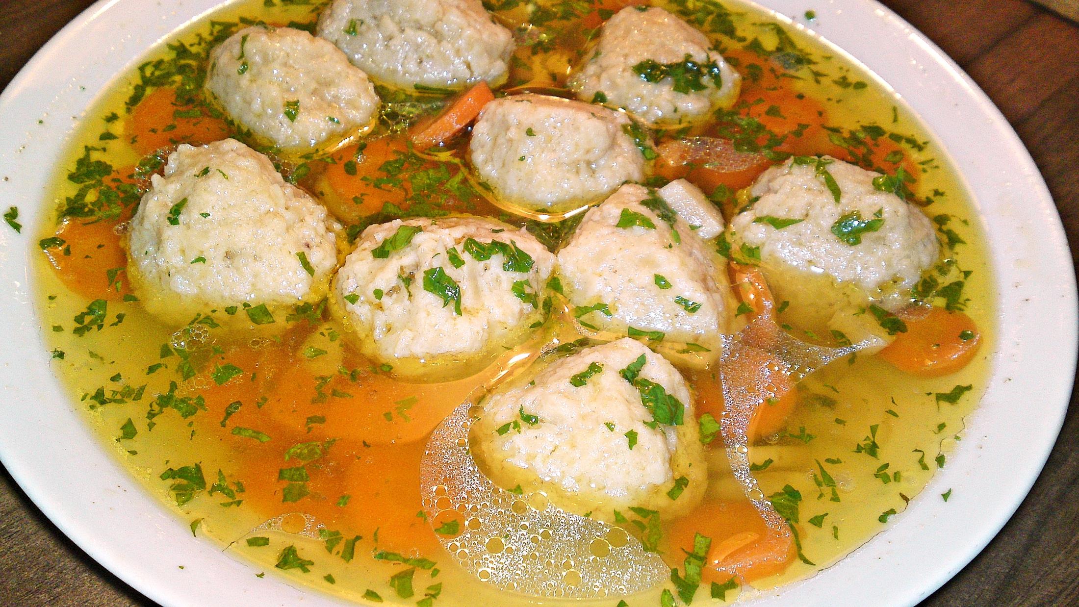 Zlatá slepičí polévka - Goldene joich - židovský penicilín