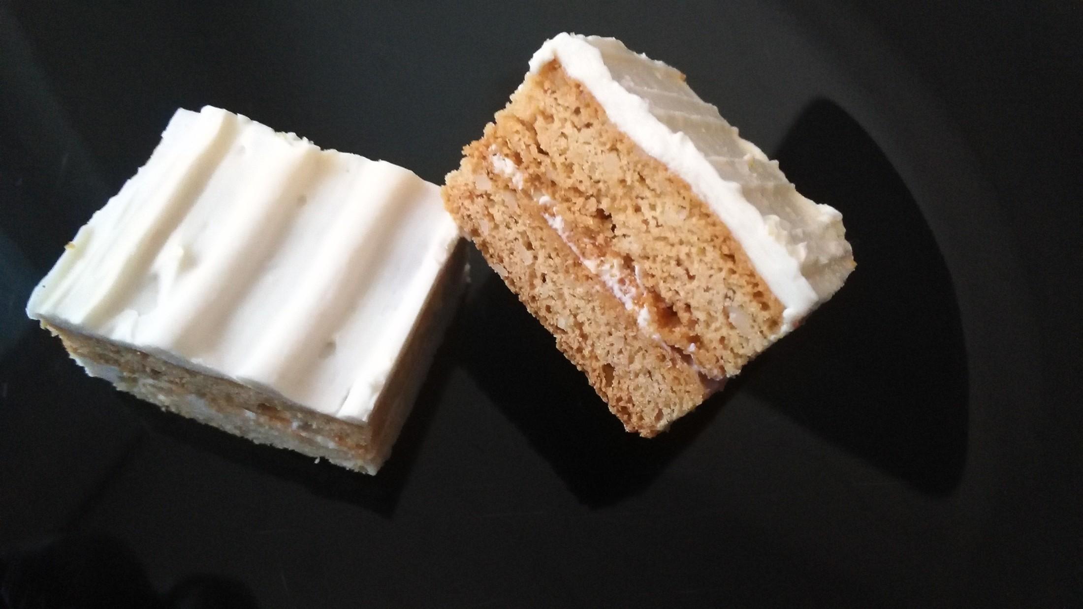 Fotografie receptu: Karamelové řezy bez lepku