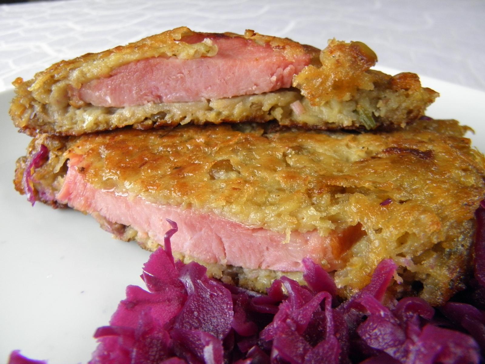 Fotografie receptu: Bramborovo-čočkové placky s uzeným masem