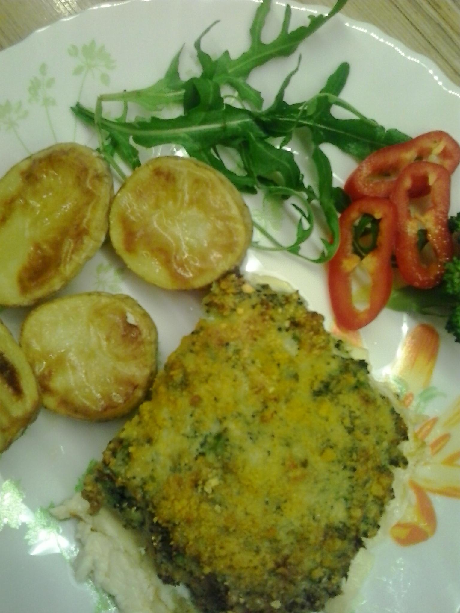 Filé se sýrovo-brokolicovou peřinkou