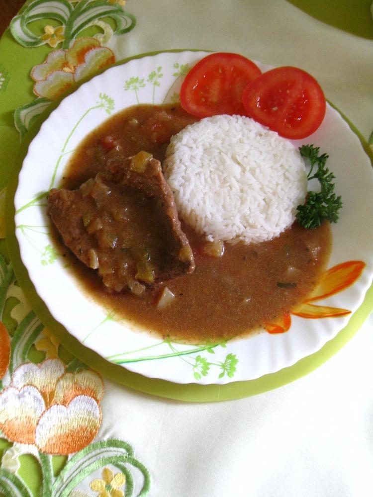 Fotografie receptu: Hovězí roštěná na zelenině