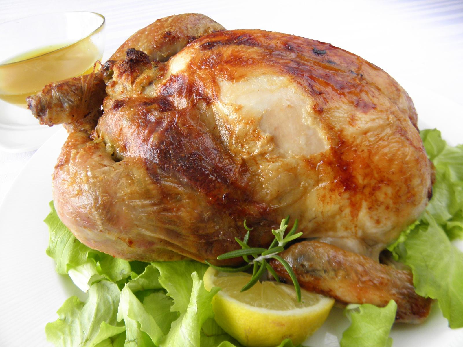 Kukuřičné kuře s hráškovou nádivkou
