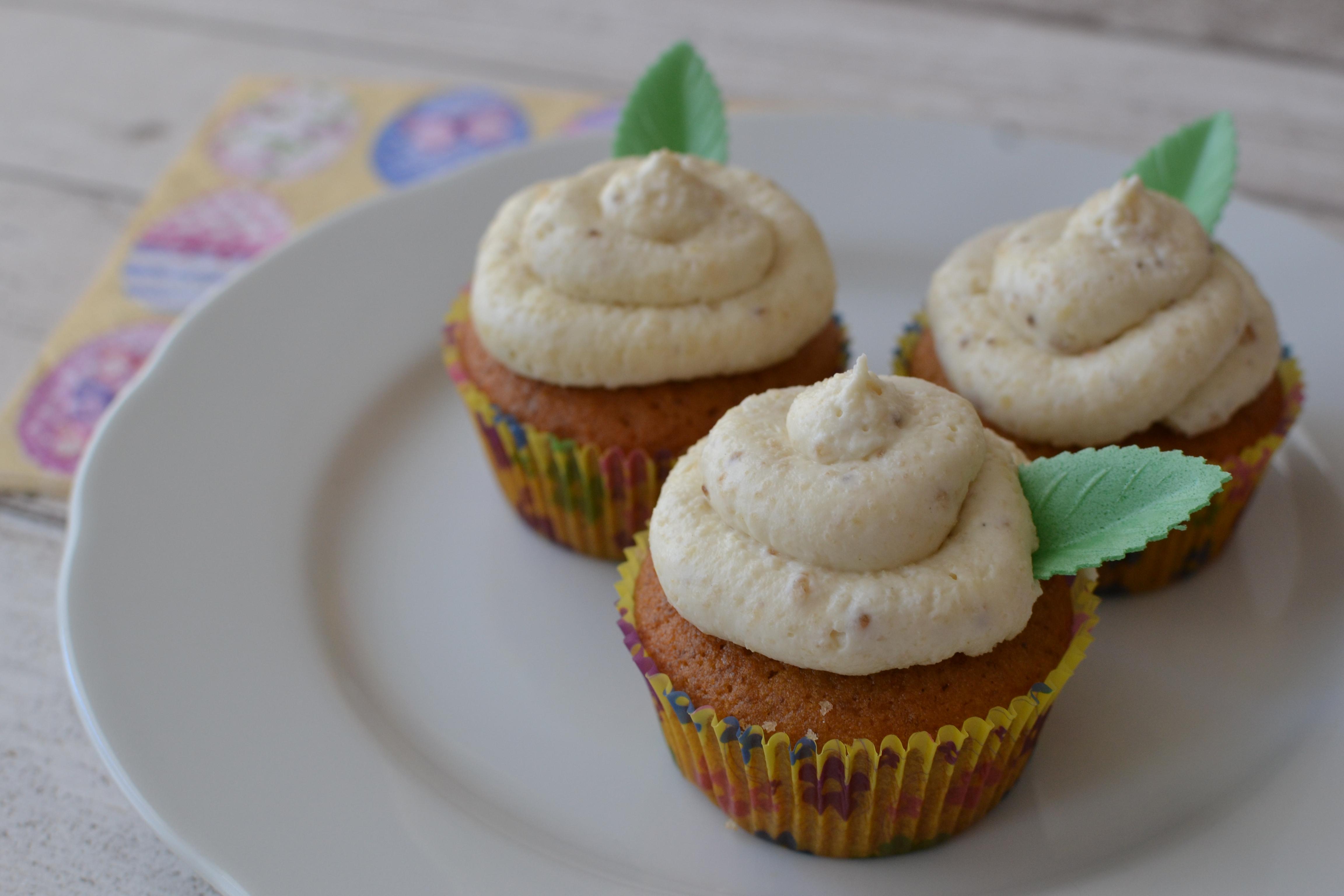 Velikonoční cupcakes medem a ořechy