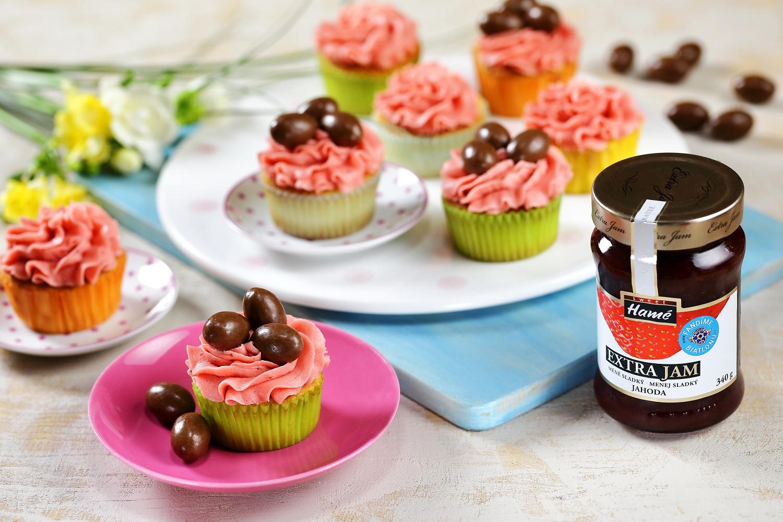 Cupcakes s jahodovým krémem