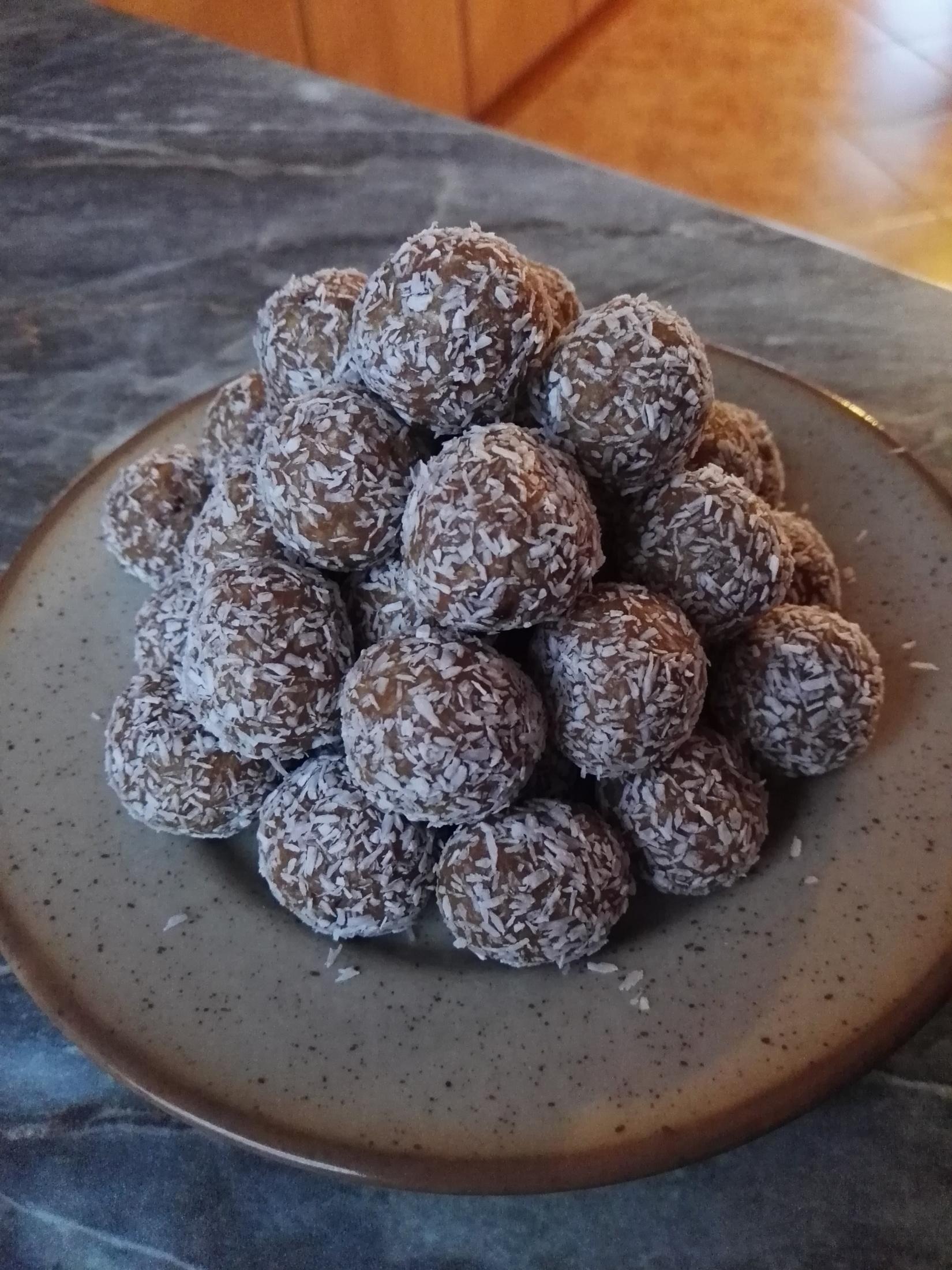 Fotografie receptu: Marcipánové perníkové kuličky