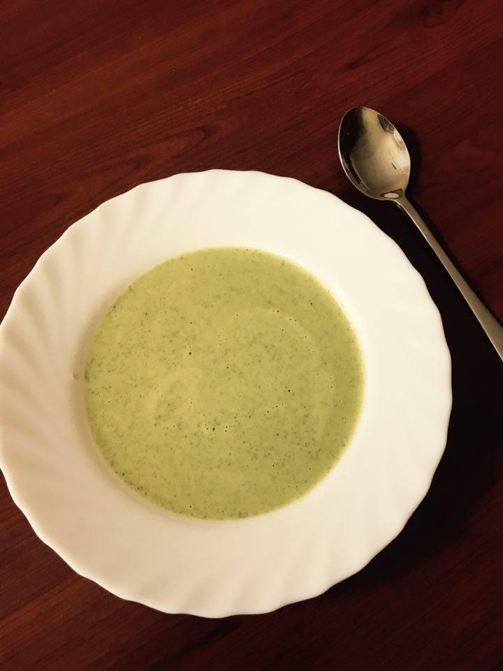 Jednoduchá brokolicová polévka