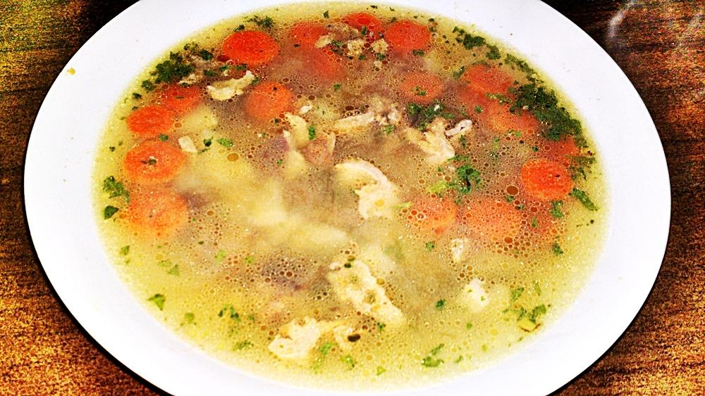Polévka z kohoutích drobů