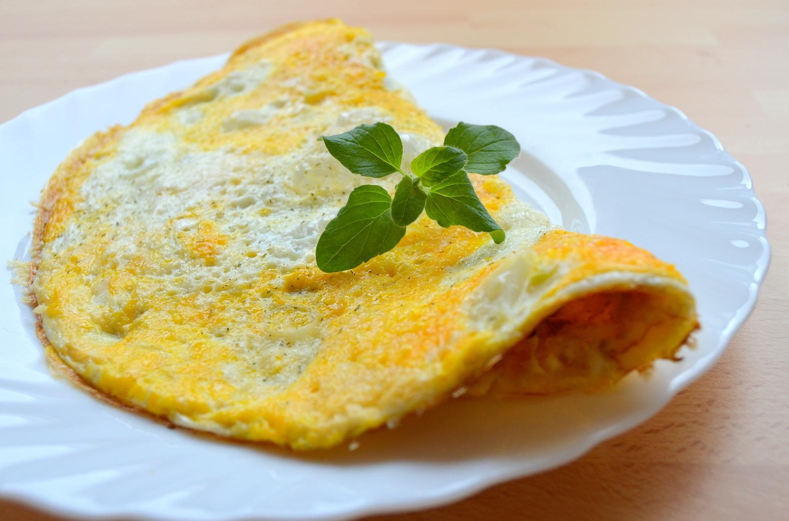 Vaječná omeleta s parmazánem
