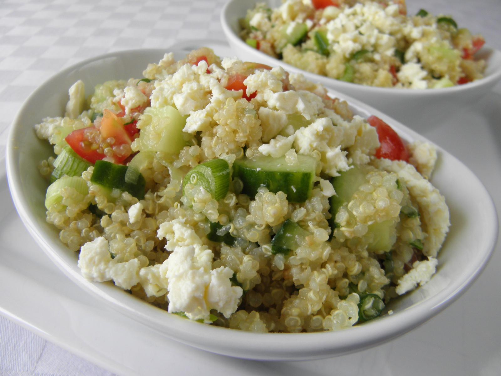 Zeleninový jarní salát s quinoa