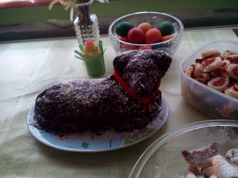 Piškotové těsto na velkého velikonočního beránka