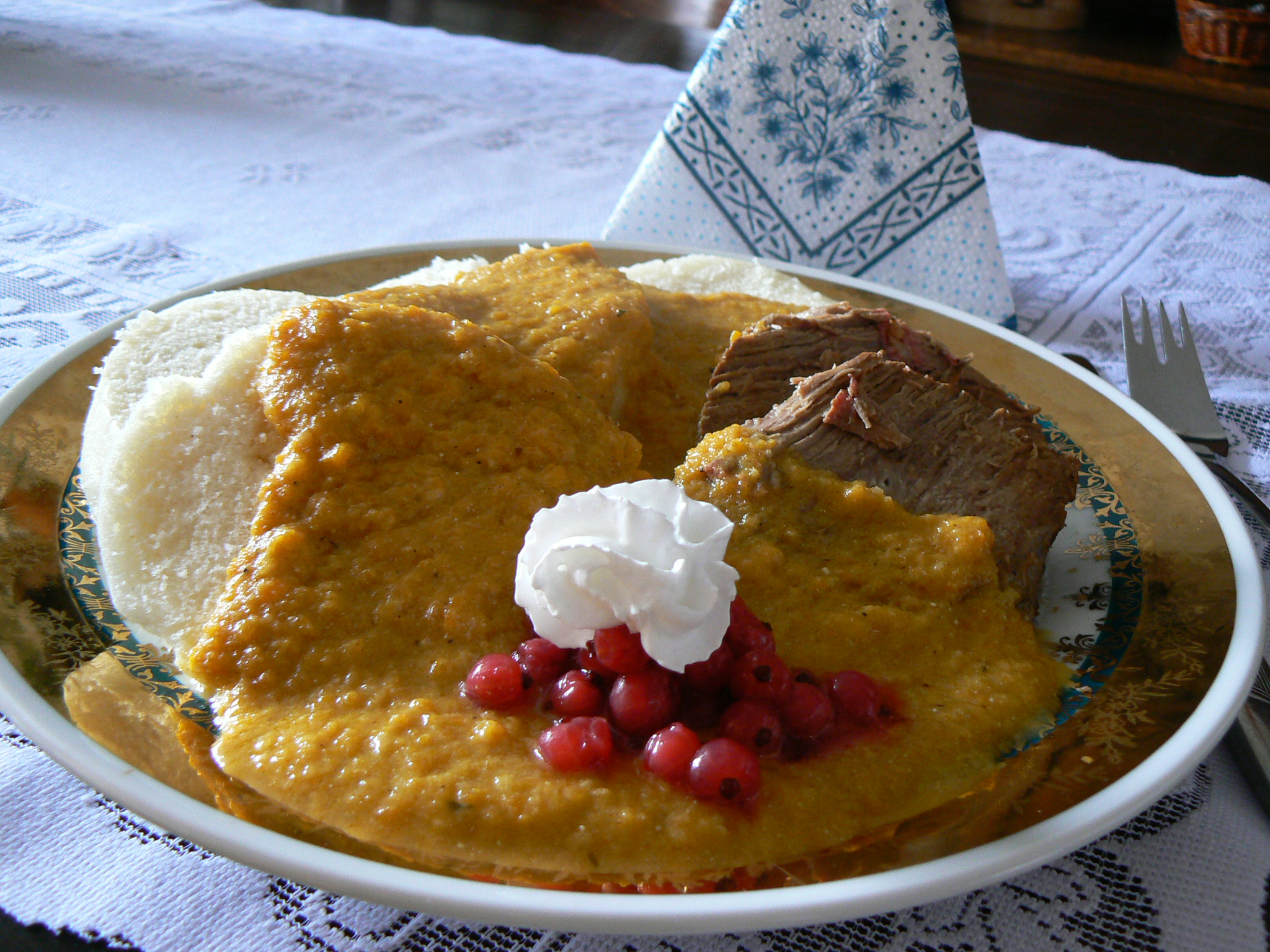 Fotografie receptu: Svíčková omáčka na smetaně