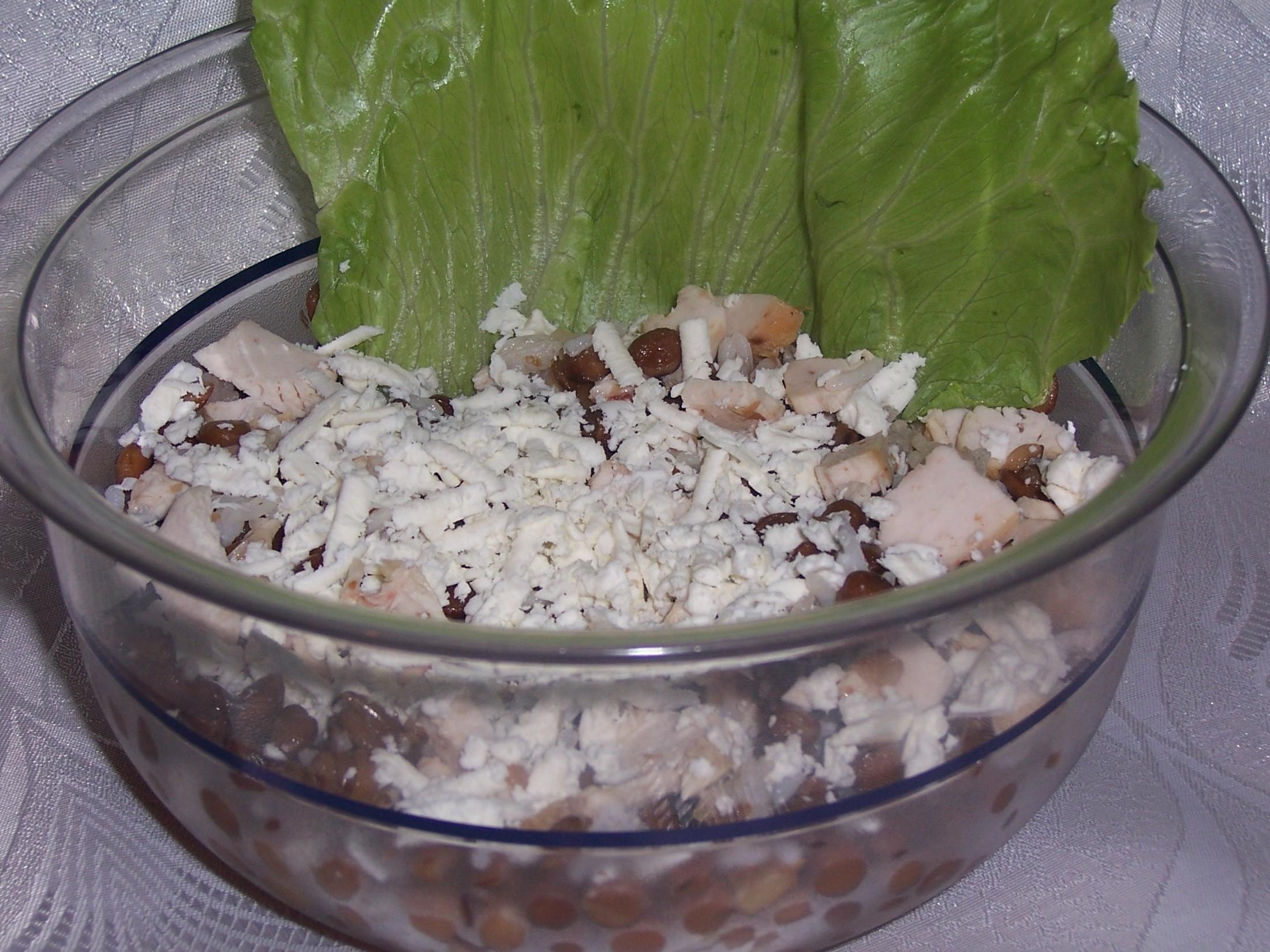 Čočkový salát s kuřecím masem