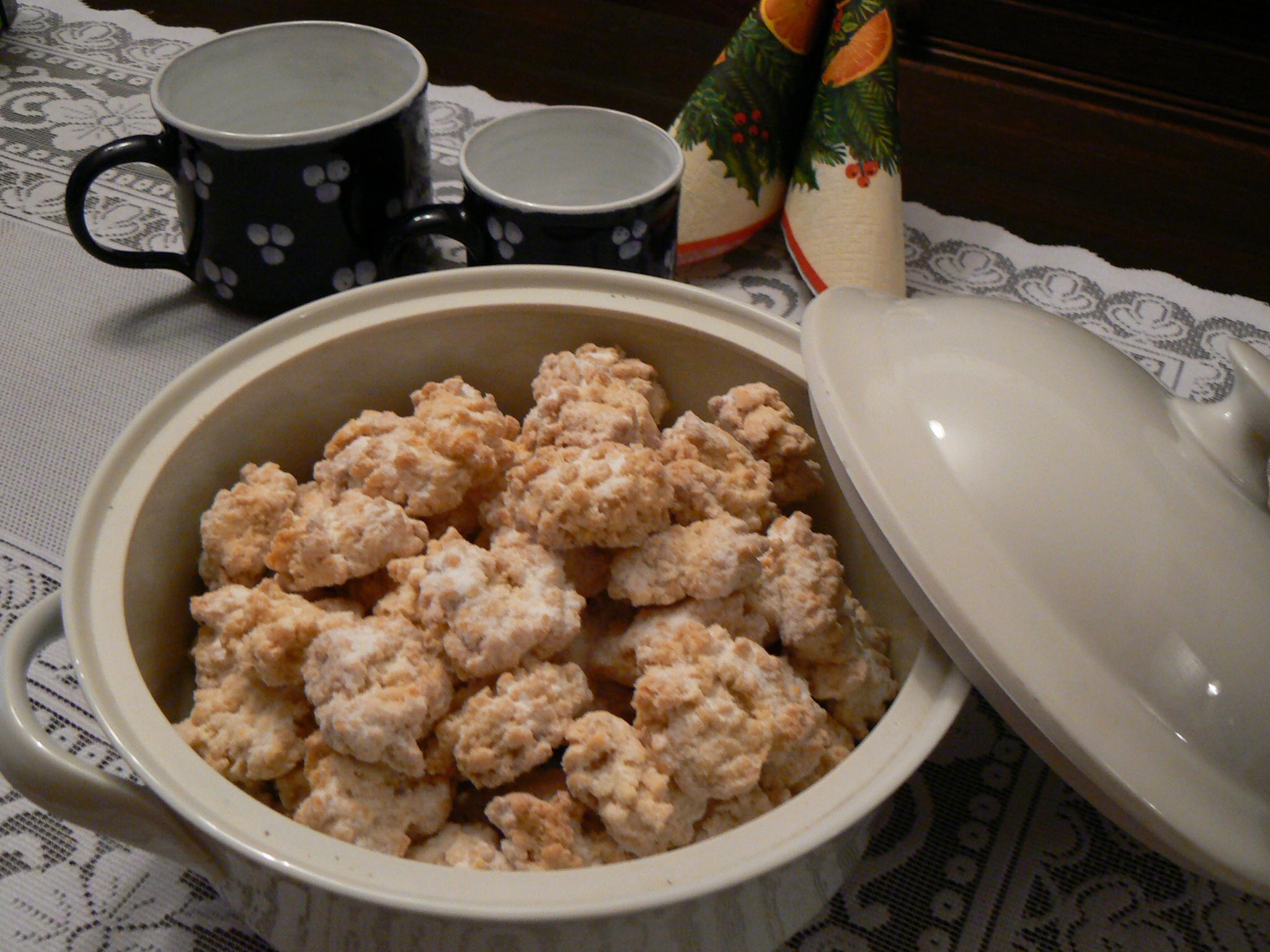 Cukroví z kokosového těsta