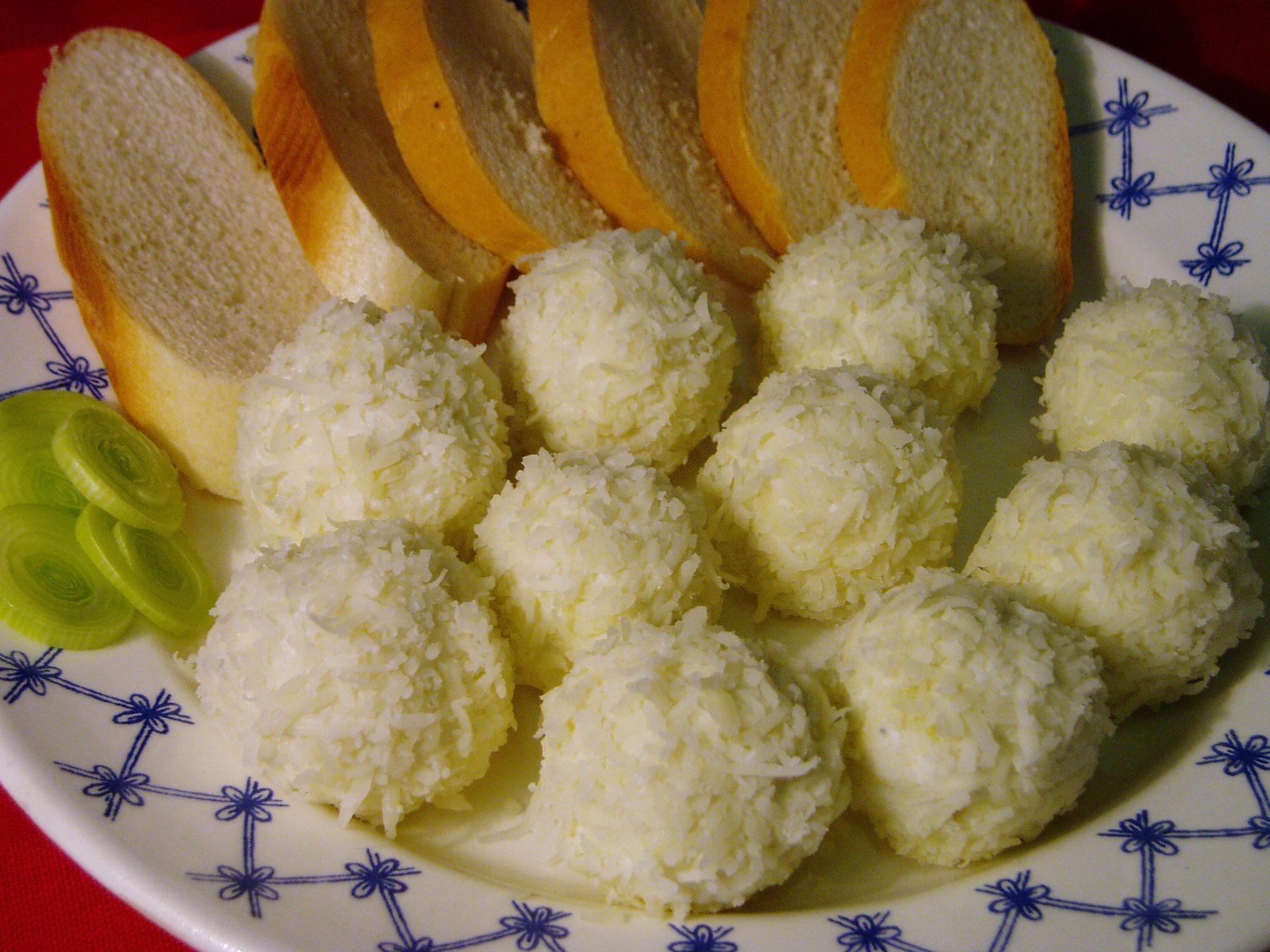 Sýrové kuličky s nivou