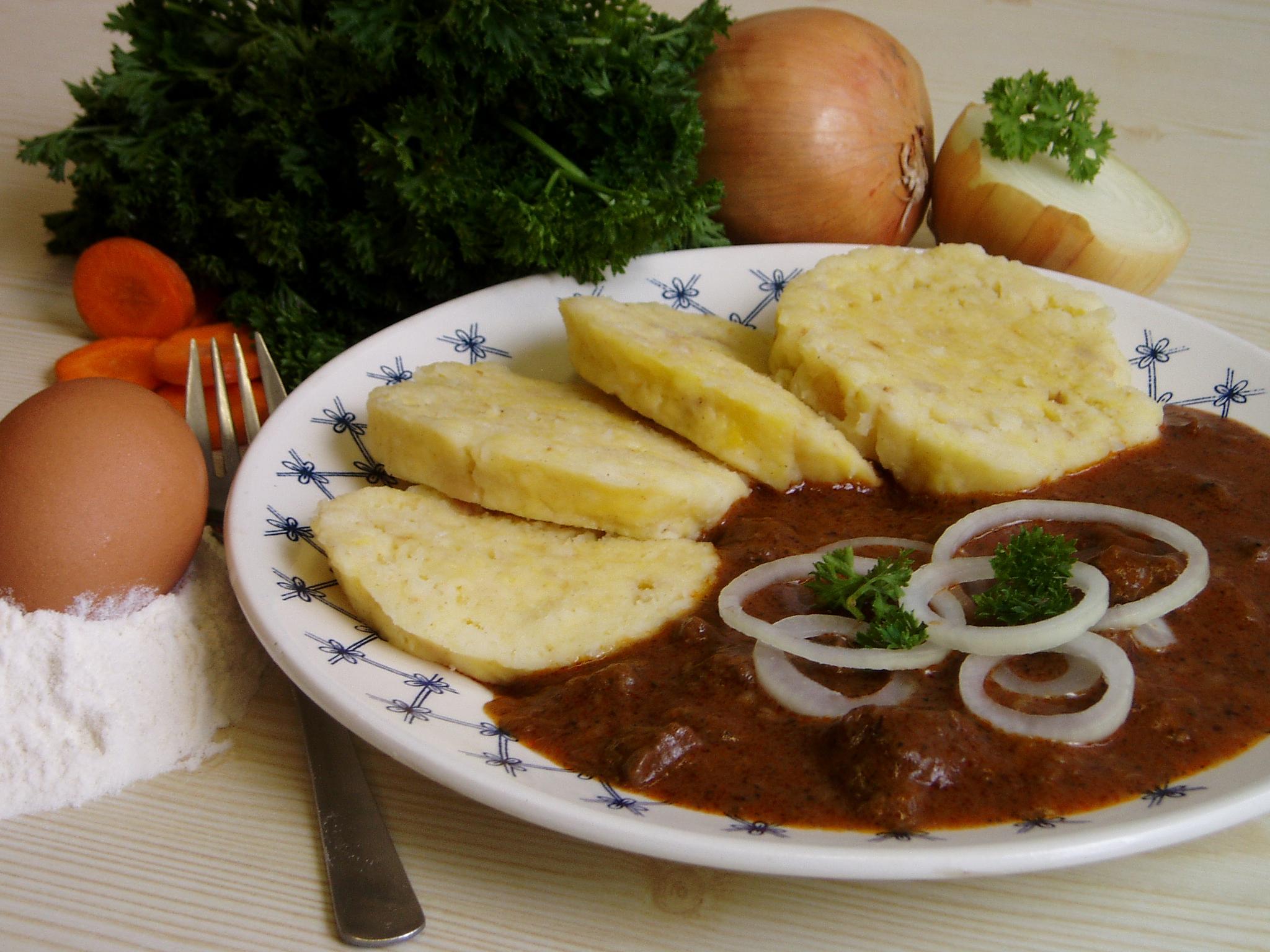 Fotografie receptu: Hovězí guláš