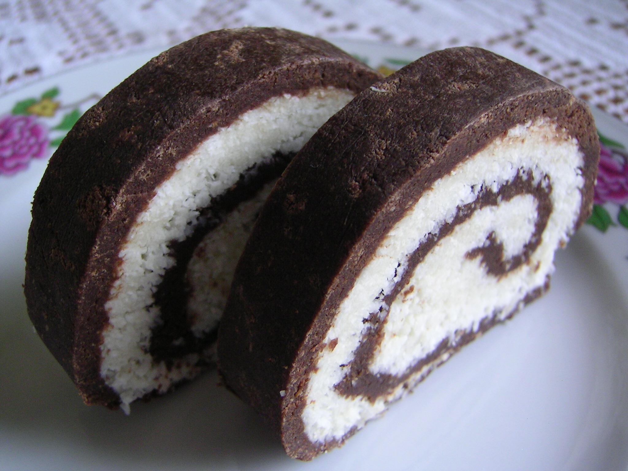 Nepečená kokosová roláda