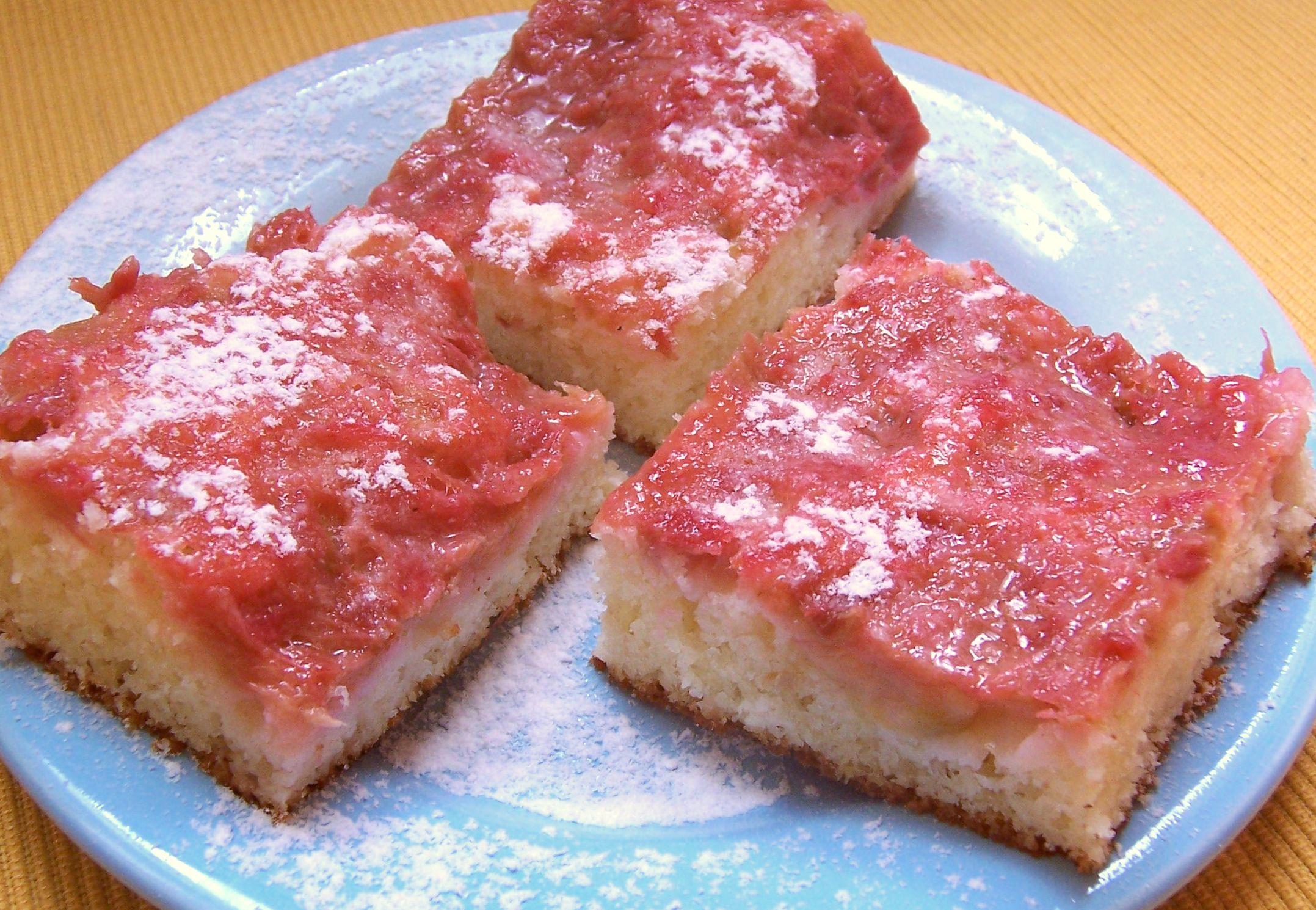 Snídaňový rebarborový koláč
