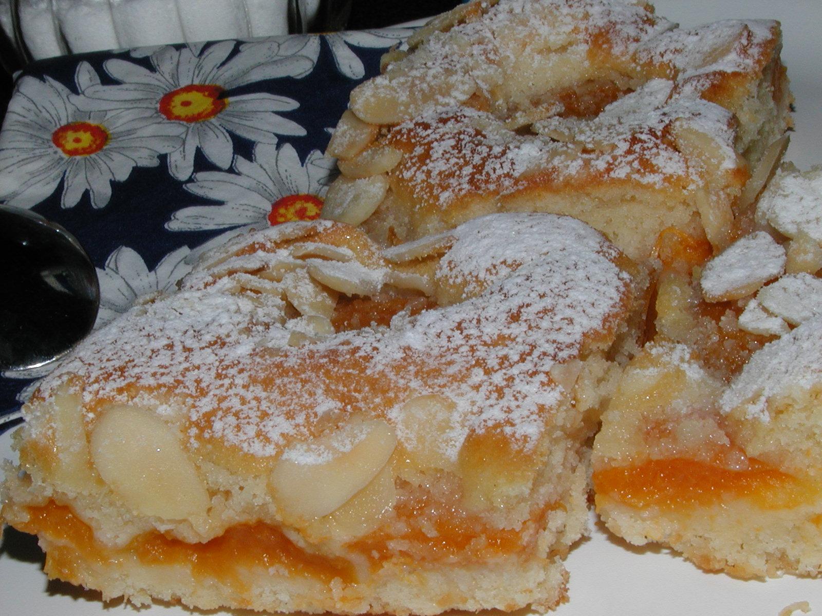 Snadný meruňkový koláč