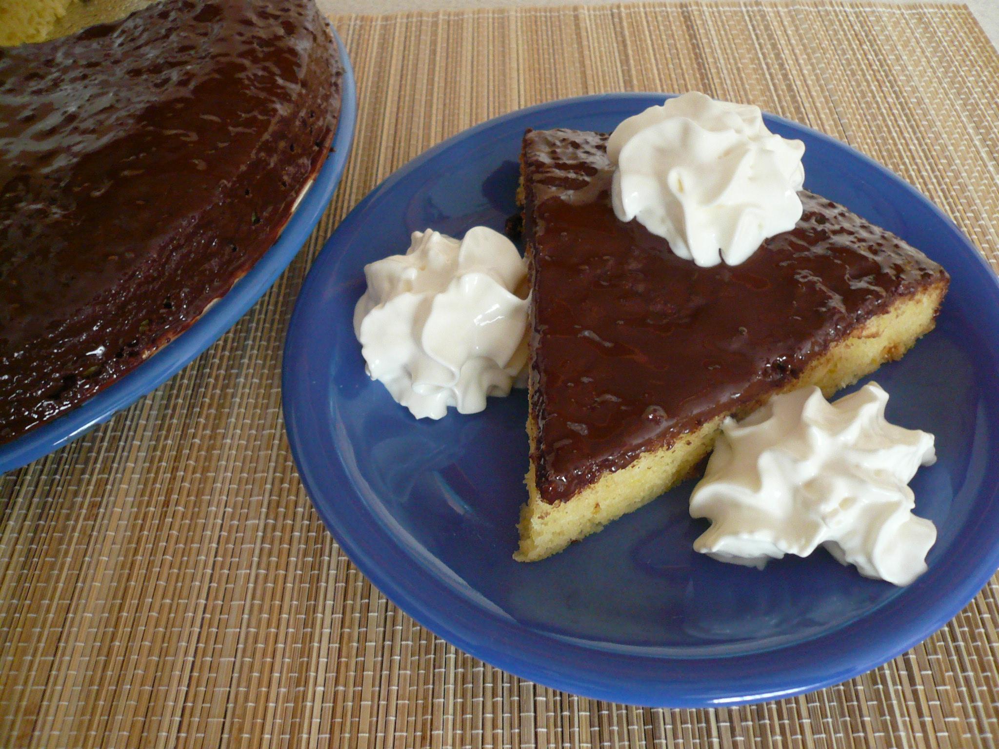 Piškotový dort s čokoládou