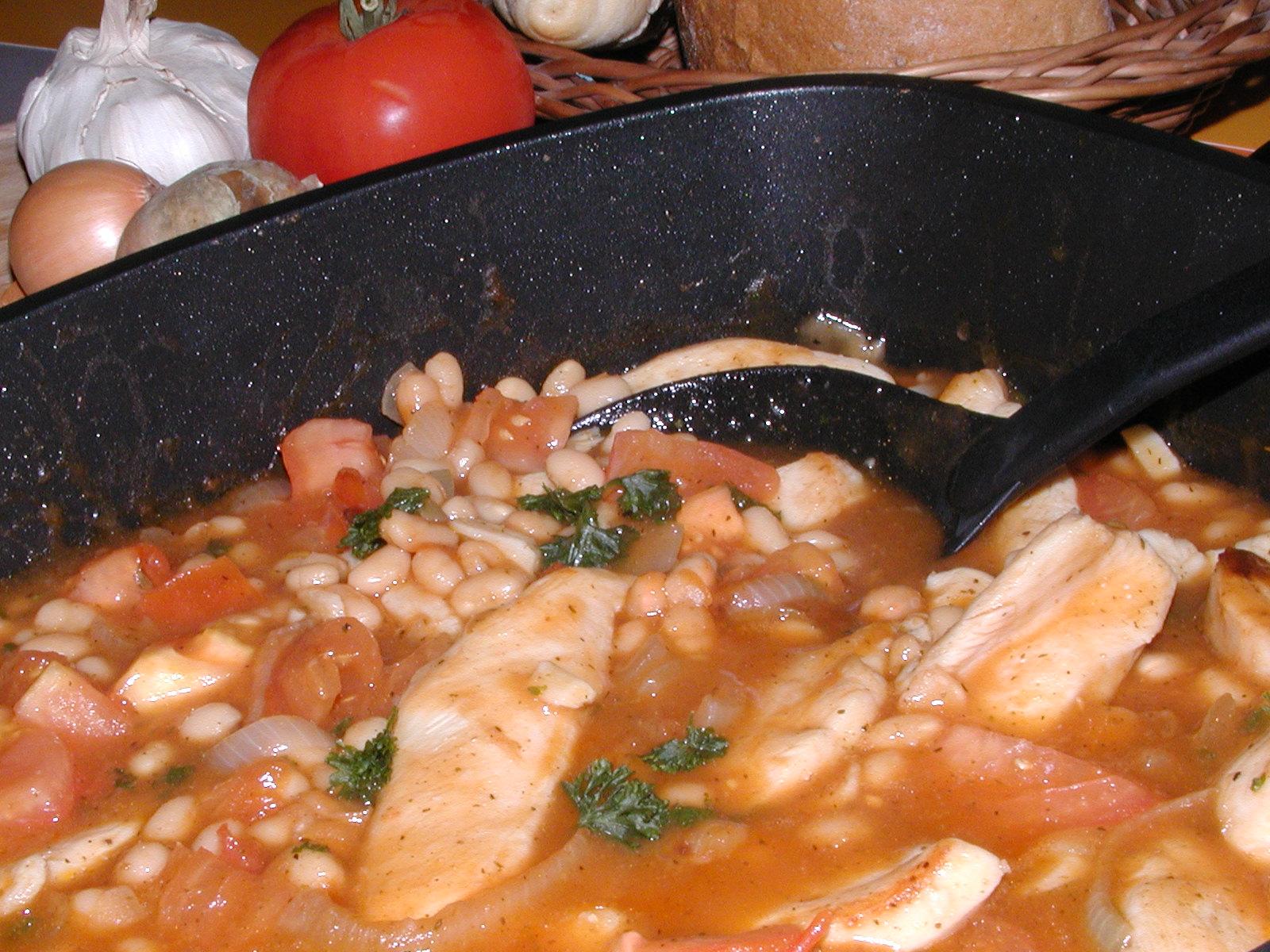Fotografie receptu: Kuřecí na fazolích
